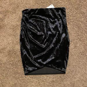 NWT H&M Divided black velvet mini skirt